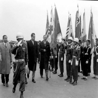 미국 닉슨 부통령 방한 환영식 대표이미지