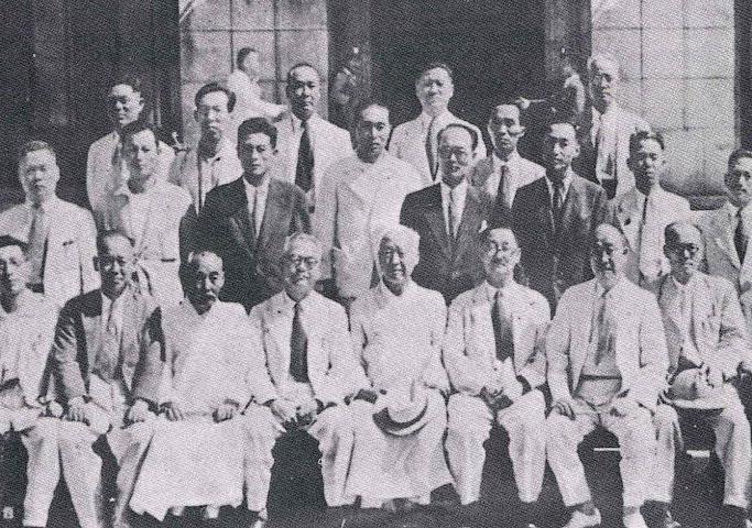 헌법기초위원 기념촬영