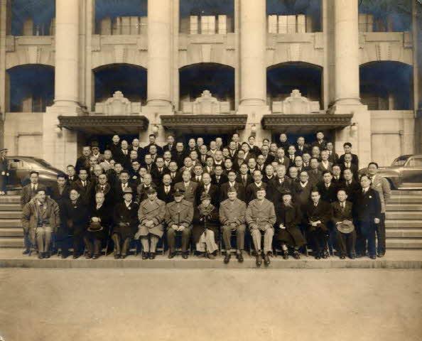 남조선과도입법의원 개원 사진